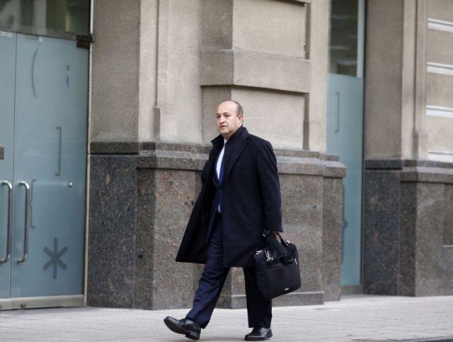 10 de Agosto de 2015/SANTIAGO El Fiscal, Manuel Guerra, llega a la Fiscalia Nacional, en el marco de las investigaciones del Caso SQM. FOTO: PABLO VERA LISPERGUER/AGENCIAUNO